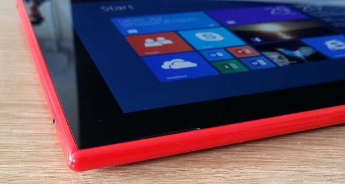 Gadget Man – Episode 12 – Nokia Lumia 2520 and Nokia Lumia 630