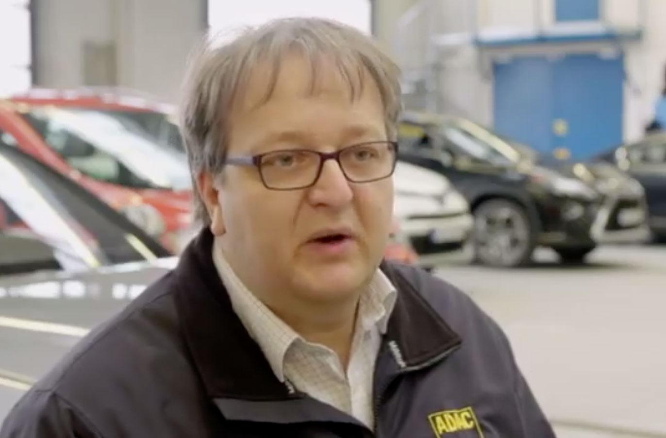 Arnulf Thiemel, car-technician at the ADAC.