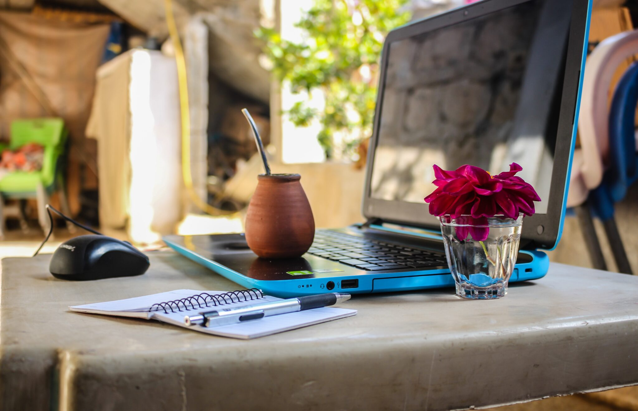Is it Actually Easy to Become a Digital Nomad?